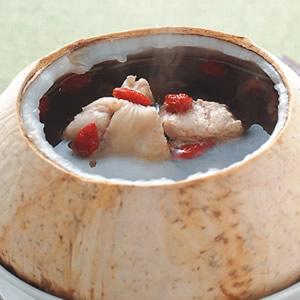 香水椰子燉雞湯