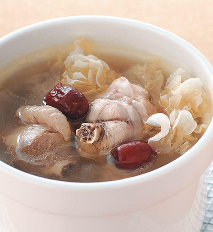 食譜:雪蛤銀耳雞湯
