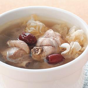 雪蛤銀耳雞湯