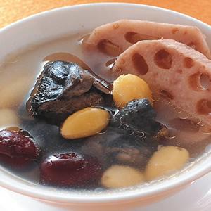 蓮藕紅棗白果雞湯