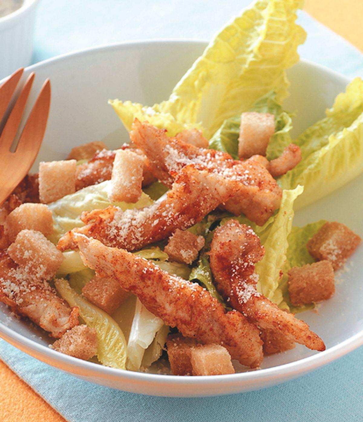 食譜:酥炸雞柳凱撒沙拉
