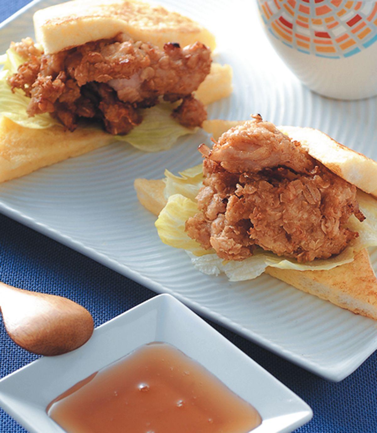 食譜:蜂蜜胚芽炸雞法式土司