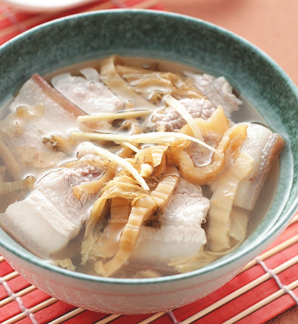 食譜:福菜五花肉片湯