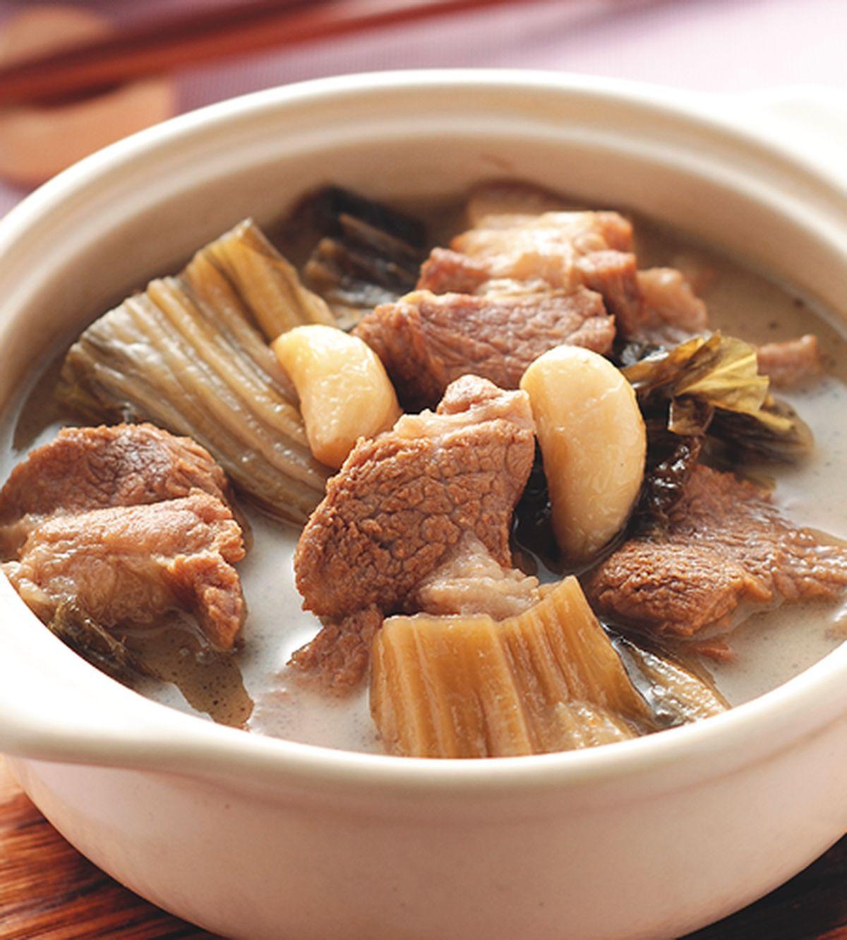 食譜:福菜滷肉塊