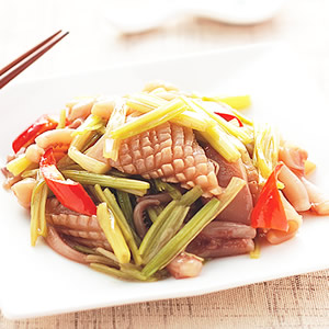 芹菜炒魷魚(1)