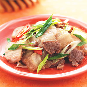 蒜苗炒五花肉