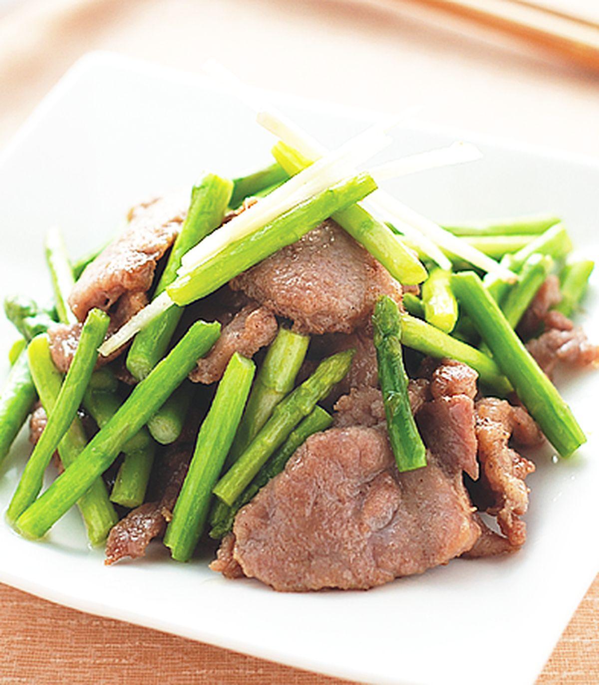 食譜:蘆筍炒肉片