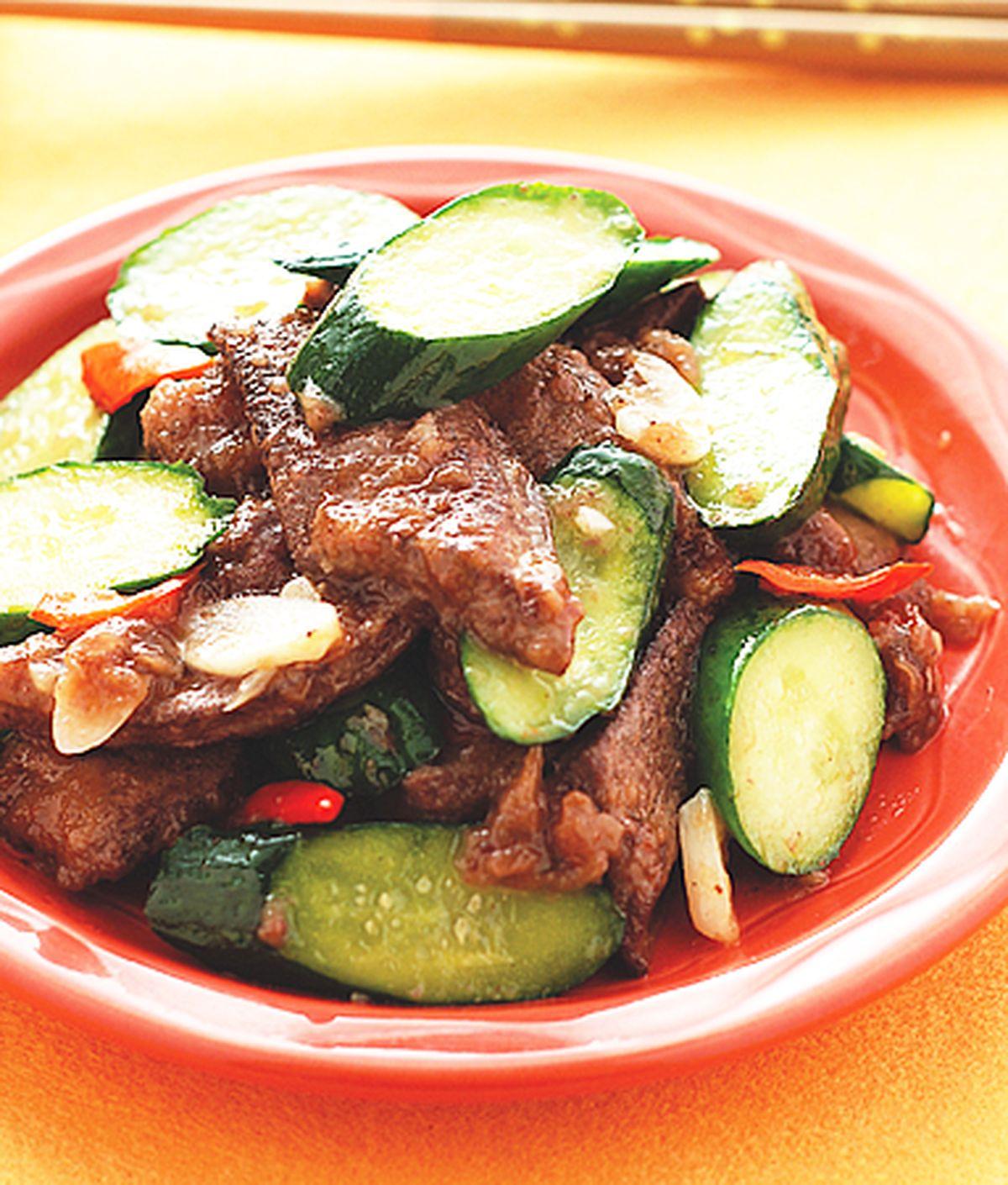 食譜:小黃瓜炒豬肝