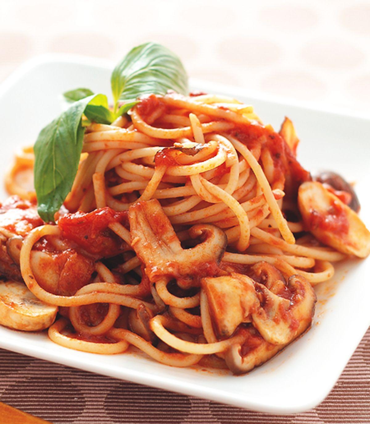 食譜:蕃茄野菇義大利麵