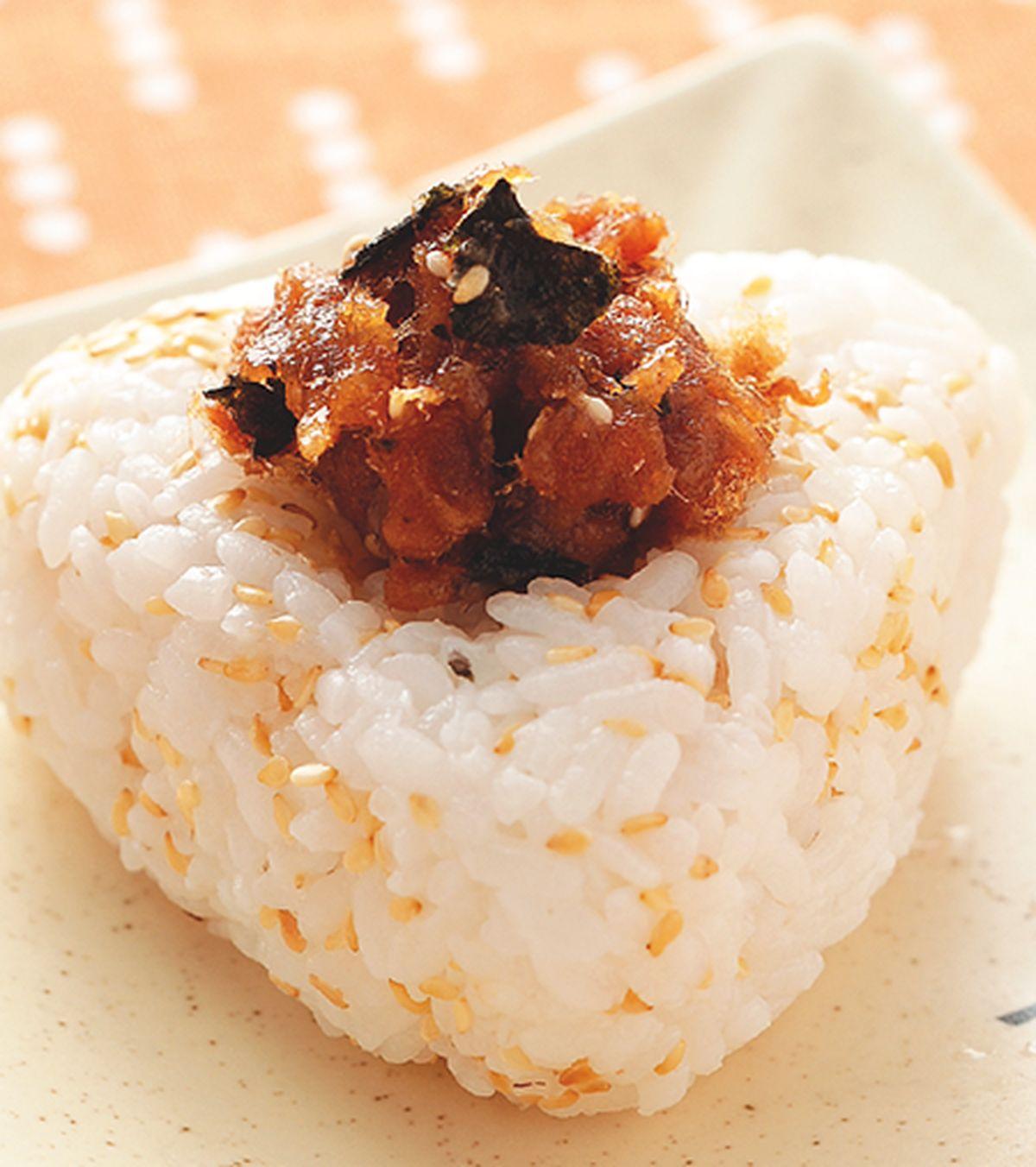 食譜:肉鬆飯糰(1)