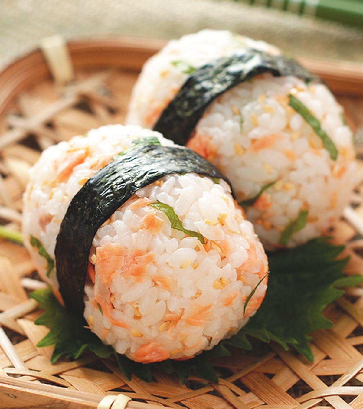 食譜:紫蘇鮭魚飯糰(1)