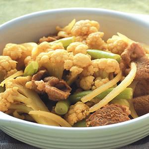 咖哩炒白花椰菜