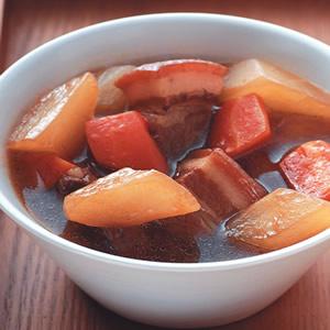 紅白蘿蔔燜肉