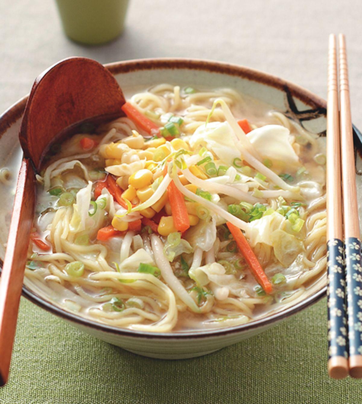 食譜:味噌蔬菜拉麵