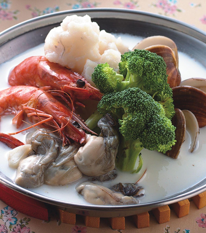 食譜:牛奶海鮮火鍋