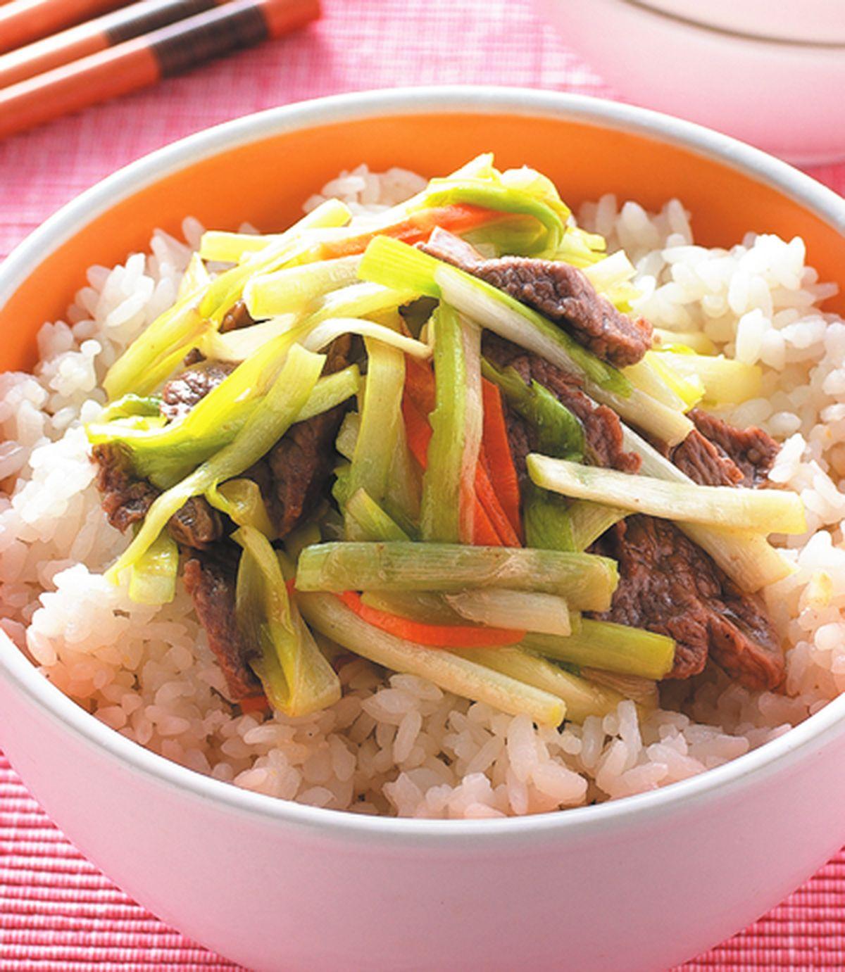 食譜:韭黃牛肉蓋飯