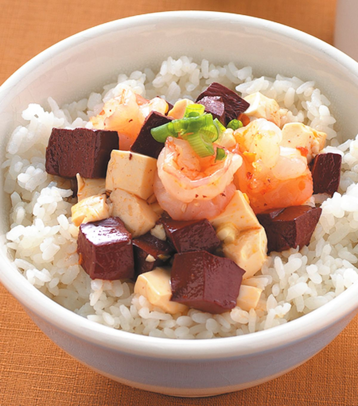 食譜:紅白豆腐蝦仁蓋飯