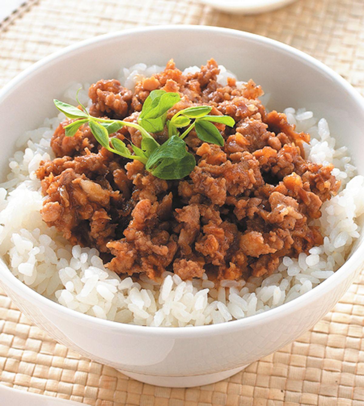 食譜:五香肉燥蓋飯