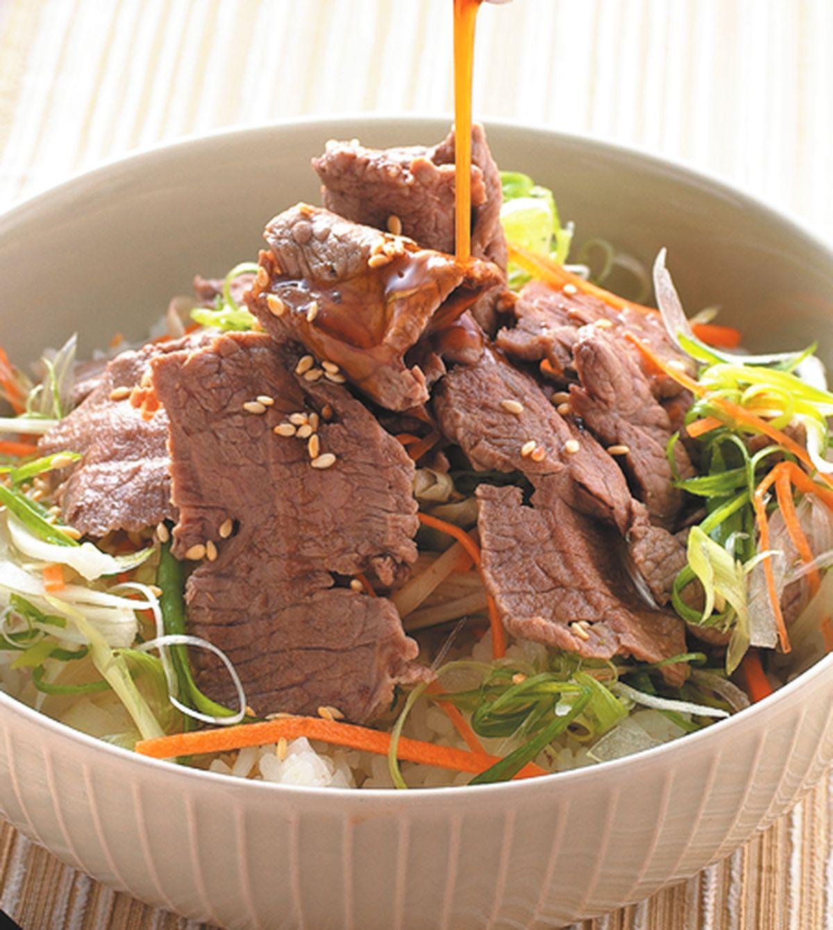 食譜:牛肉壽喜蓋飯