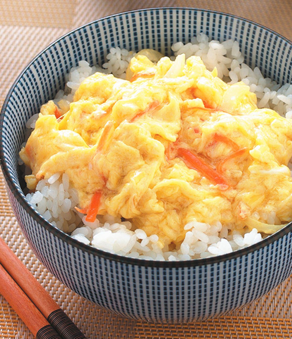 食譜:洋蔥滑蛋蓋飯