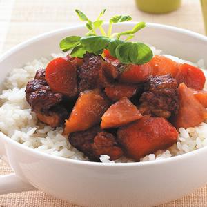 馬鈴薯燉肉蓋飯