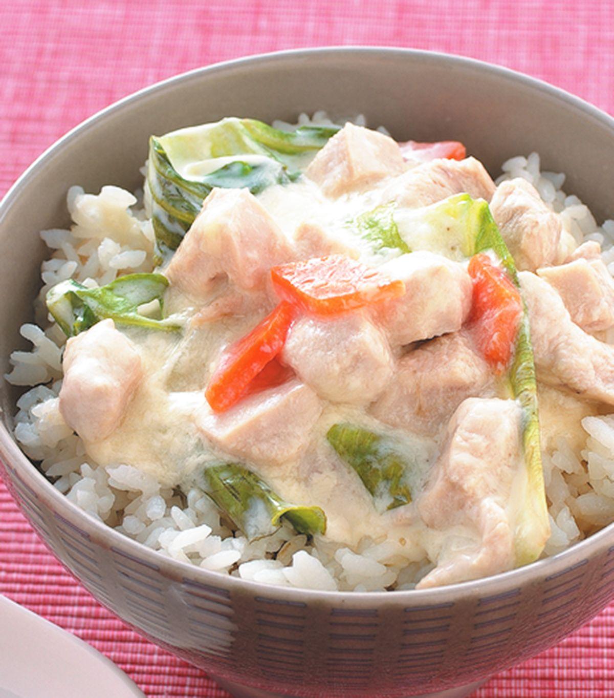 食譜:椰汁雞肉蓋飯
