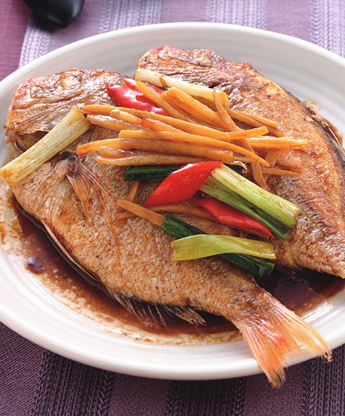 食譜:薑絲燒魚