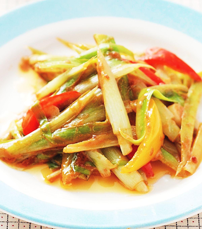 食譜:沙嗲醬炒碧玉筍