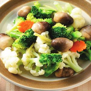 草菇燴花椰菜(1)