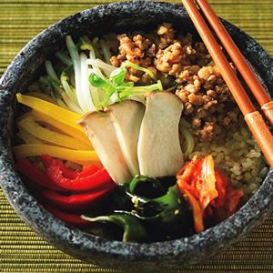 五彩石鍋拌飯