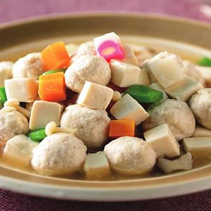 肉丸子燴豆腐丁