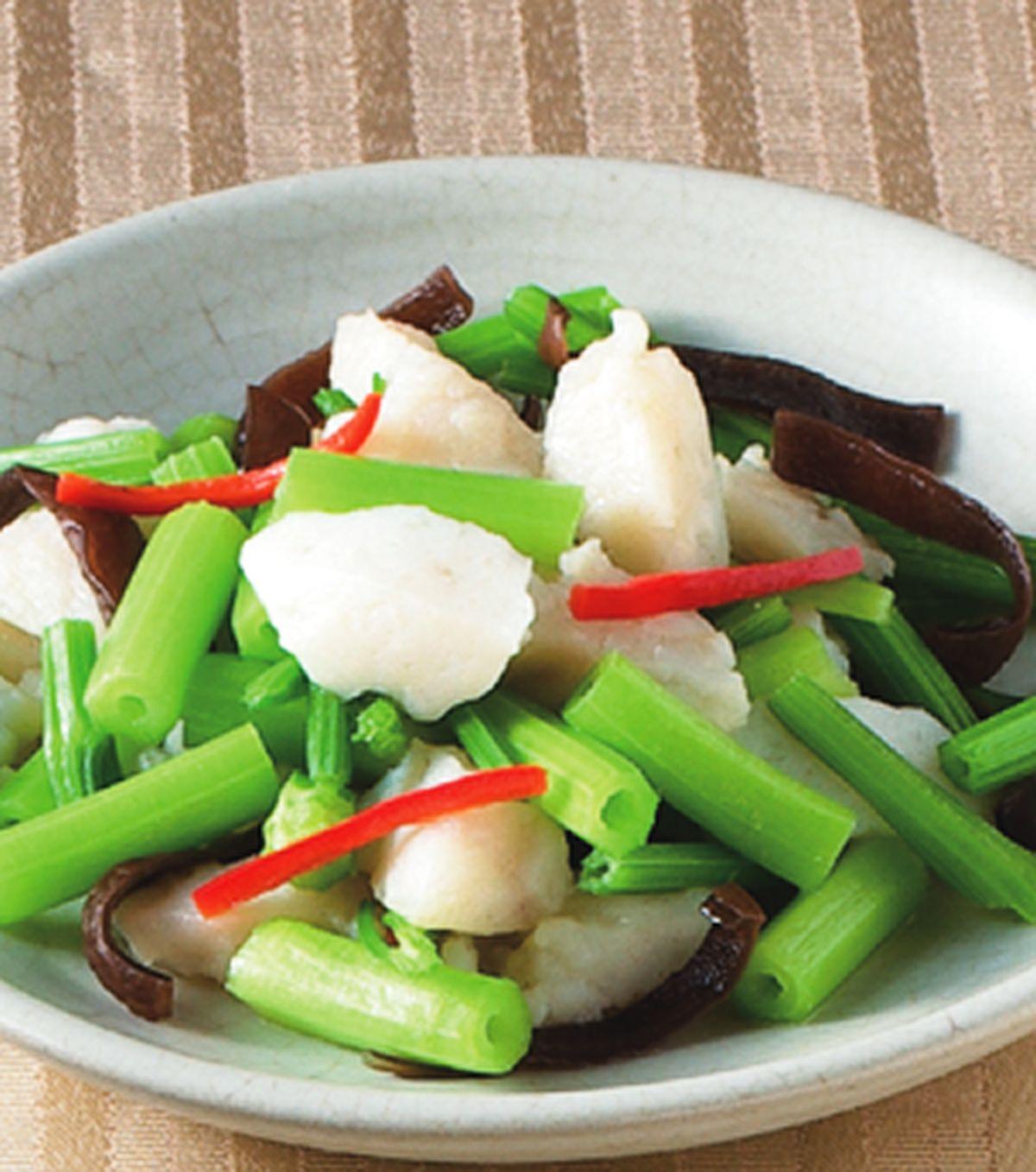 食譜:芹菜炒花枝丸