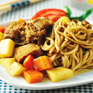咖哩豬肉燴麵
