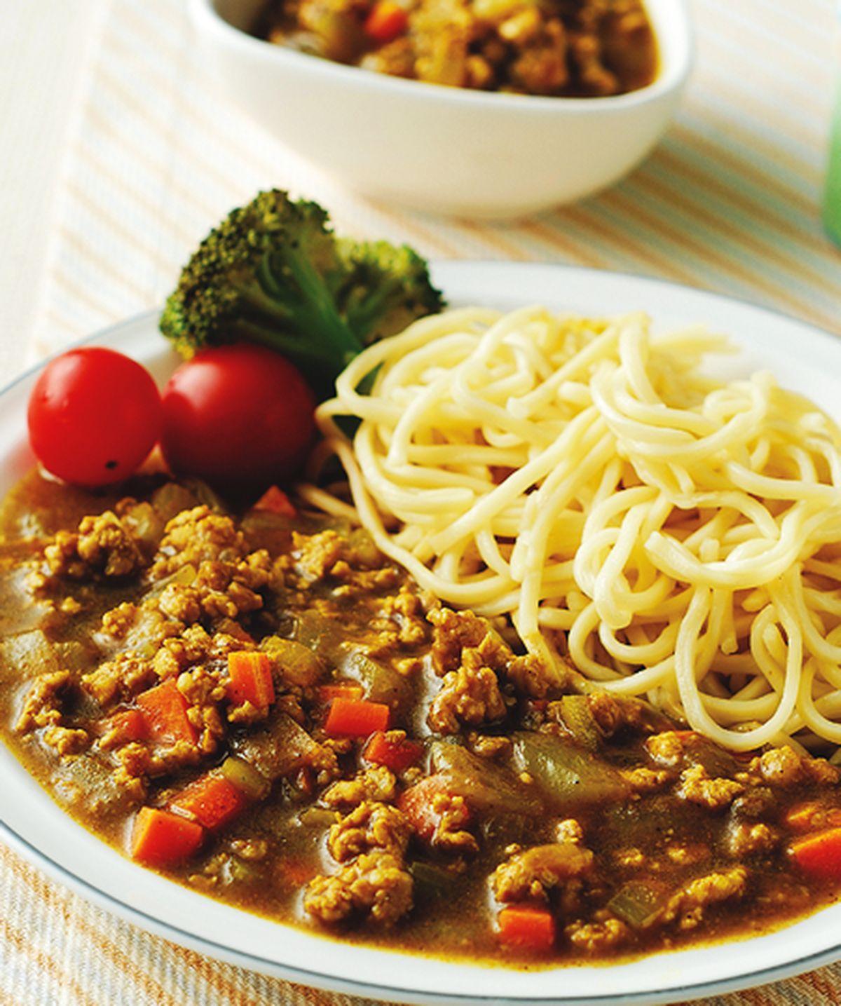 食譜:咖哩肉醬麵