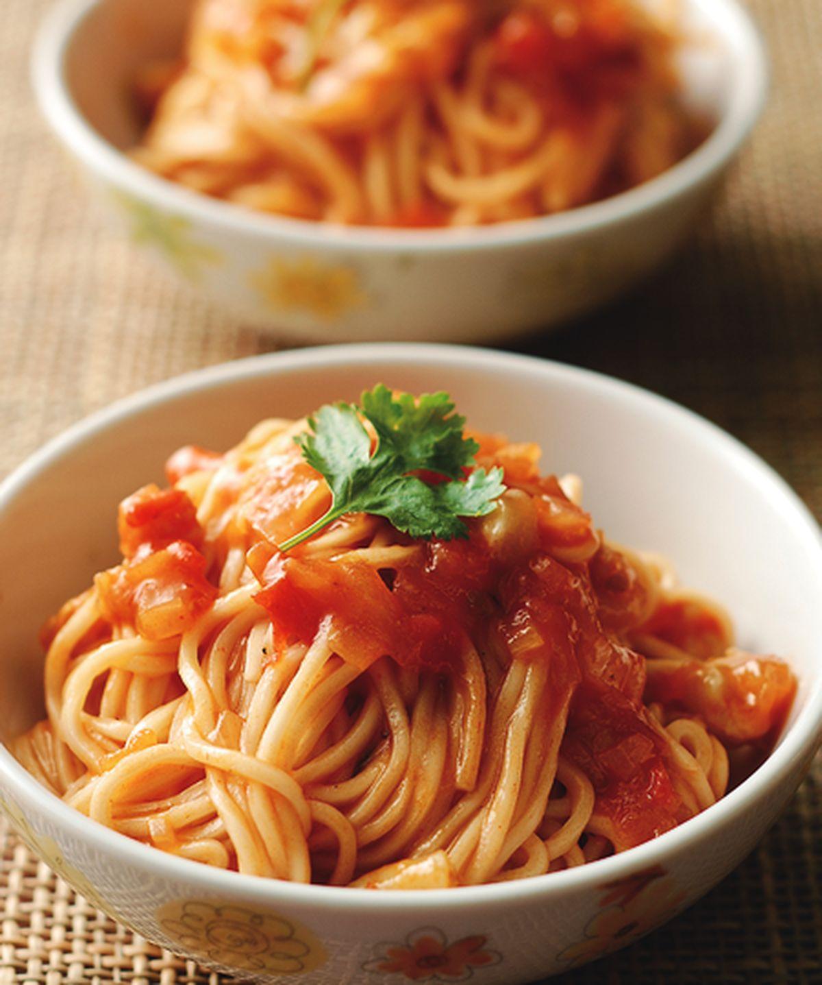 食譜:酸甜海鮮醬拌麵