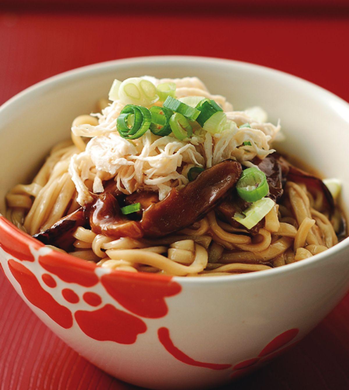食譜:香菇雞絲拌麵