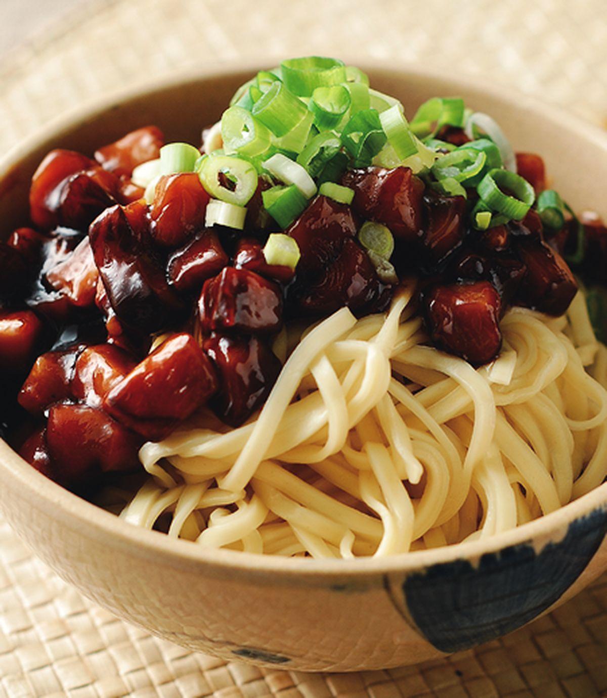 食譜:蠔油菇丁拌麵
