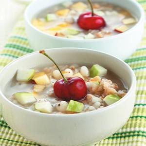 燕麥薏仁水果湯