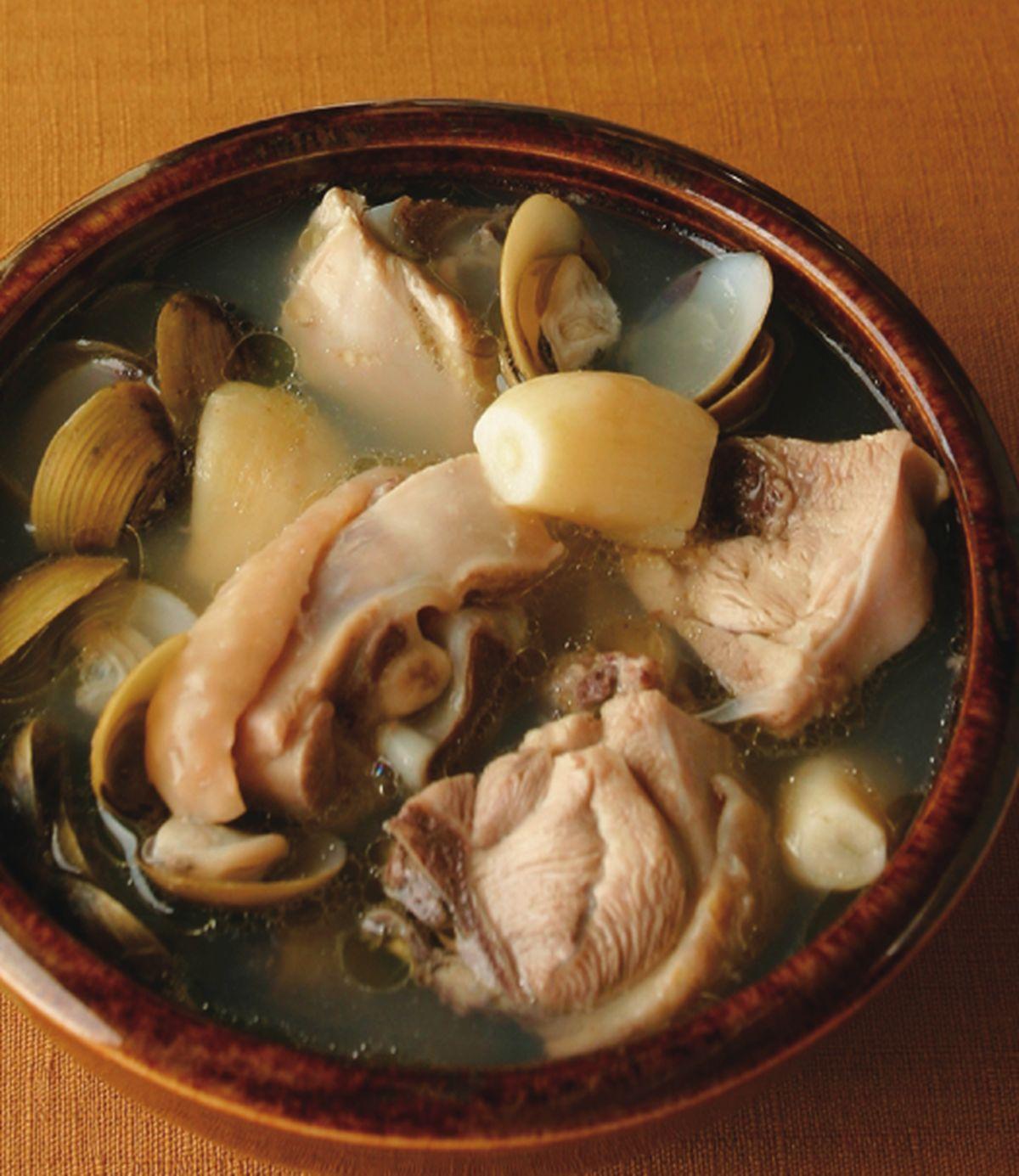 食譜:蒜子蜆仔雞湯
