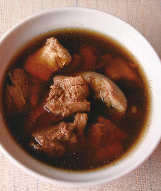 食譜:金線蓮雞湯