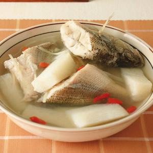 山藥枸杞鱸魚湯