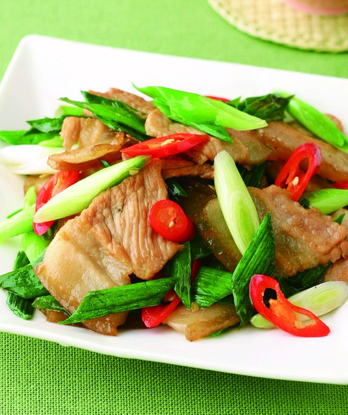 食譜:蒜苗炒五花肉片(1)