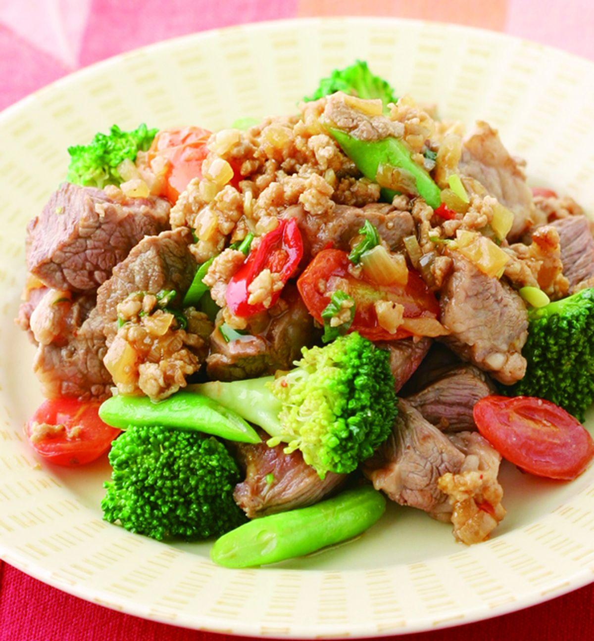 食譜:香蔥肉燥炒牛肉