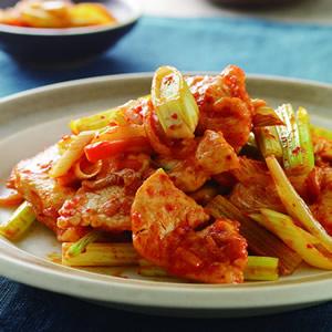 泡菜炒雞胸肉片