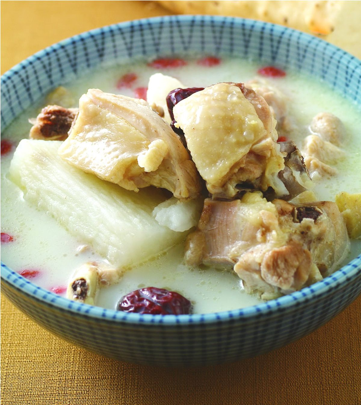 食譜:豆漿山藥雞湯