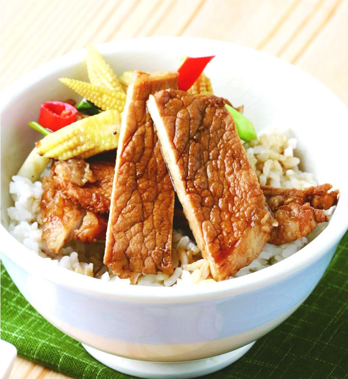 食譜:醬汁豬排飯