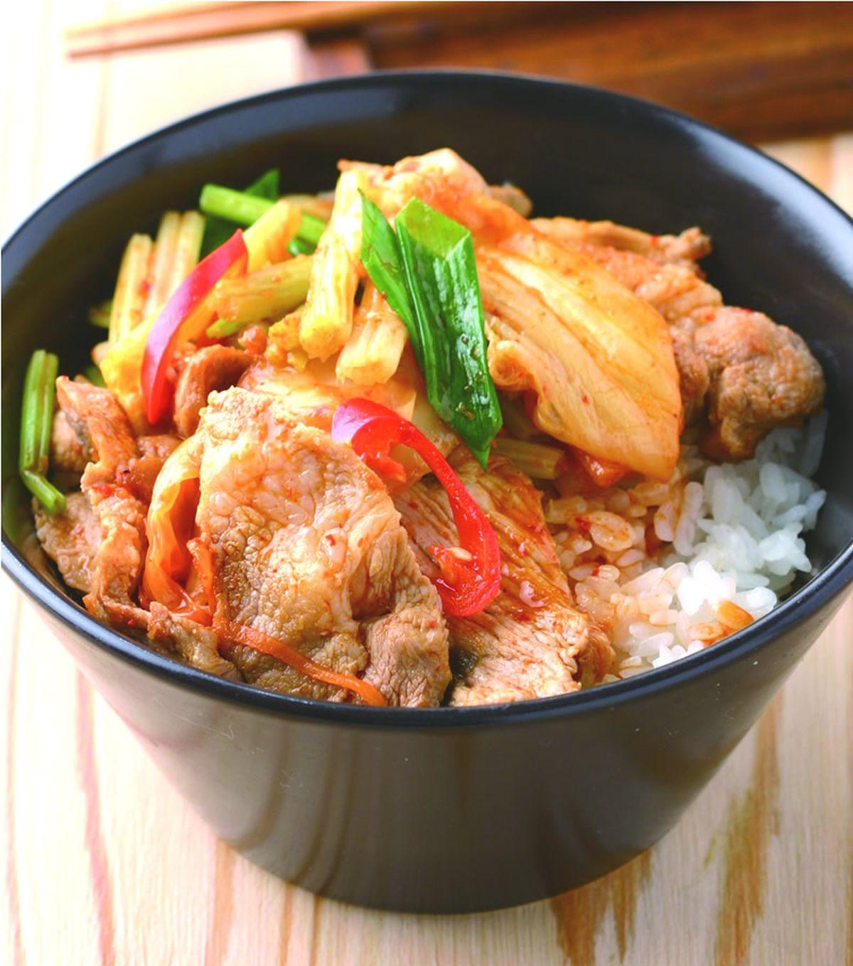 食譜:泡菜豬肉飯(1)