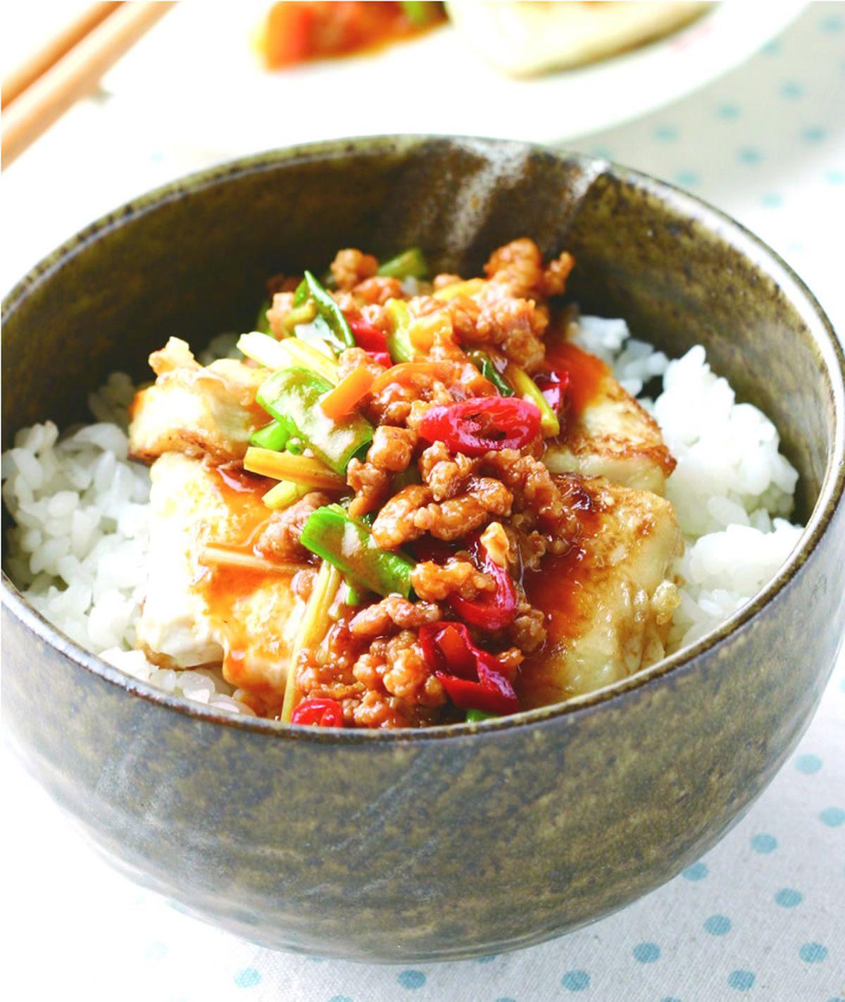 食譜:泰式肉末煎豆腐飯