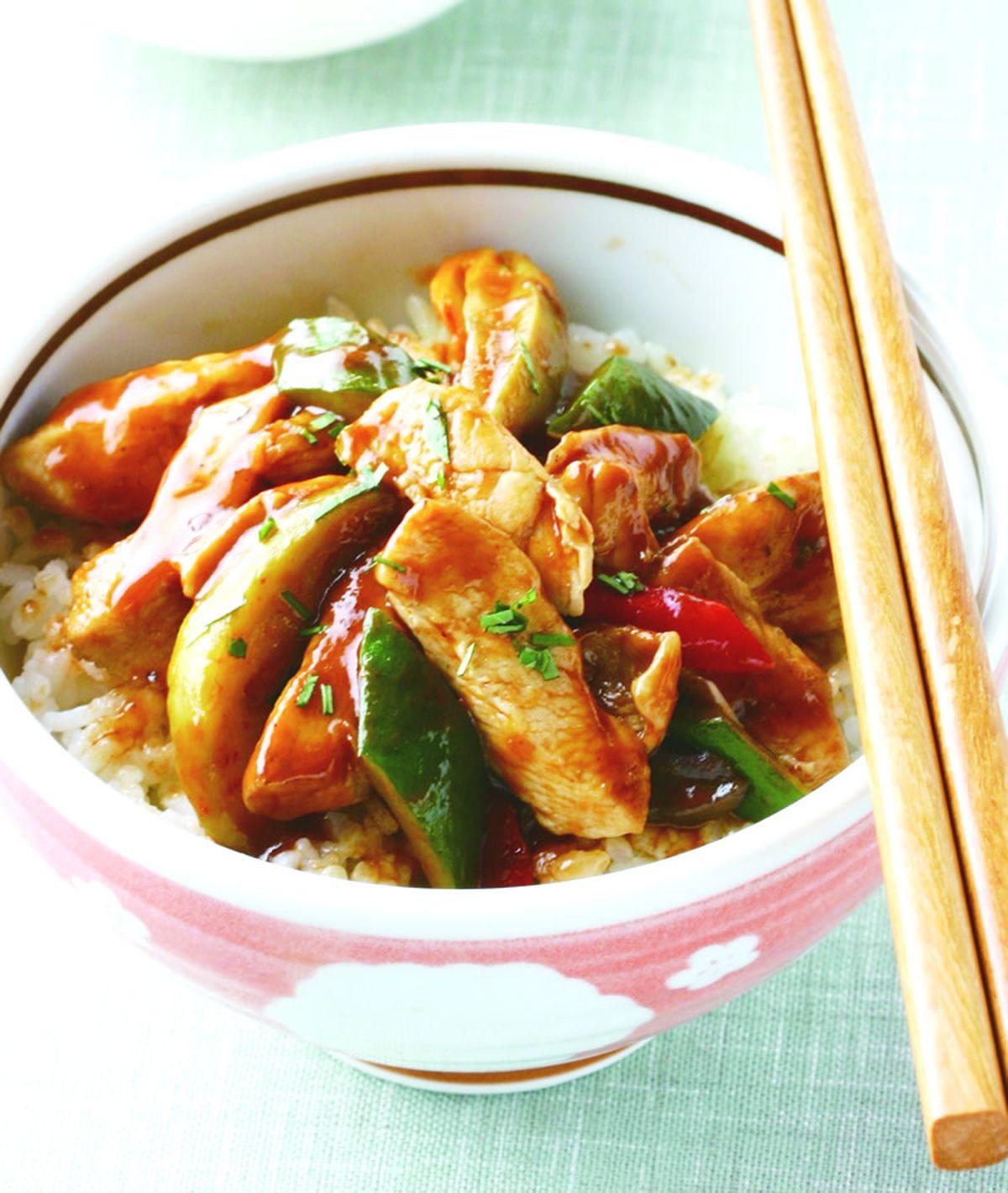 食譜:芒果炒雞柳飯