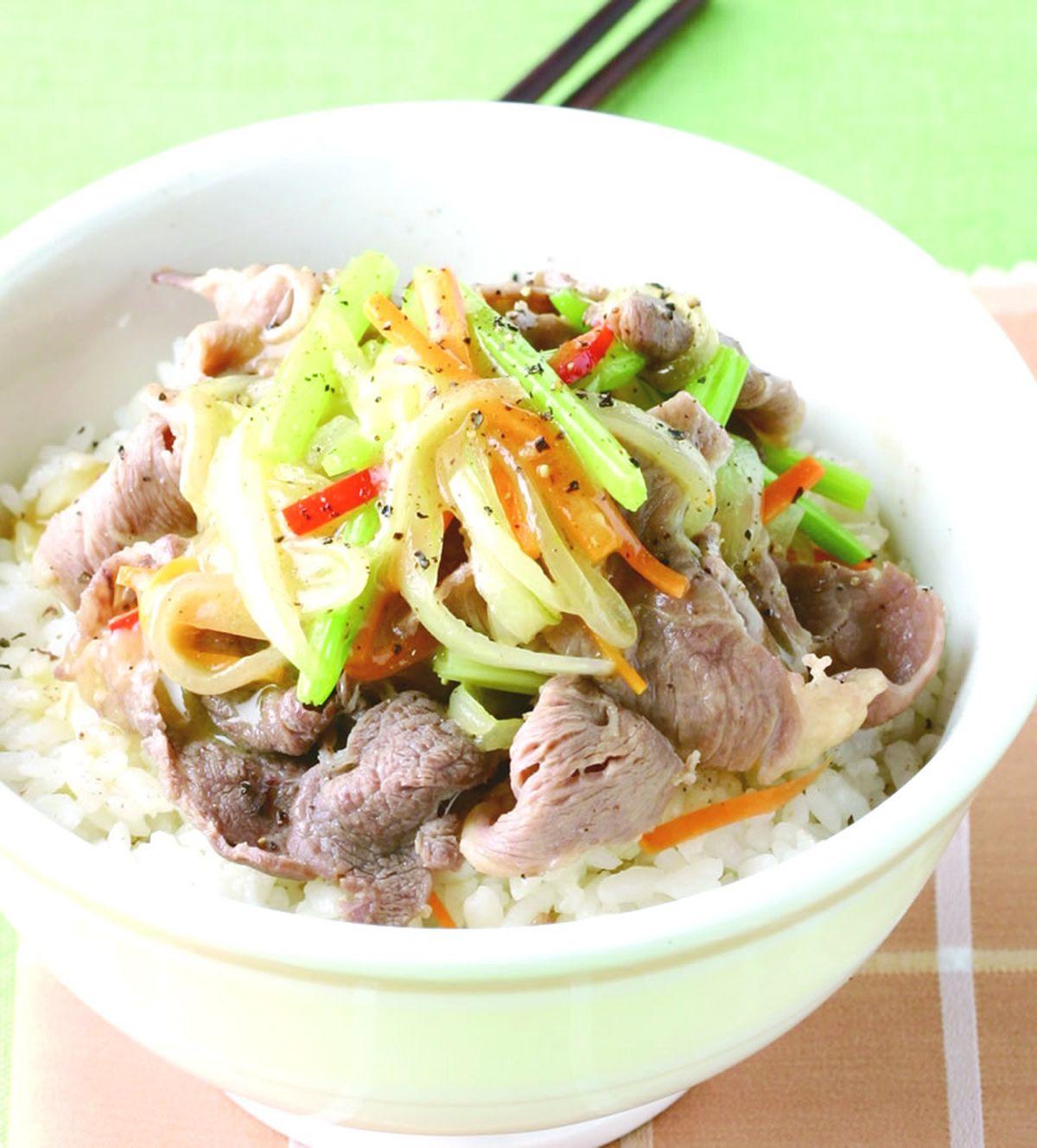 食譜:洋蔥炒牛肉飯